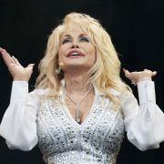 Dolly Parton ziert mit 75 wohl wieder den