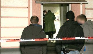 Bei einem Stichwaffen-Angriff in Oberhausen (NRW) sind vier Personen, darunter ein elf Jahre altes Kind, verletzt worden. (Foto)