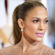 Sängerin und Schauspielerin Jennifer Lopez ließ in dieser Woche ganz schön tief blicken.