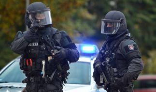 Bei Schüssen in Nürnberg sind zwei Menschen zu Tode gekommen. Das SEK ist im Einsatz. (Foto)