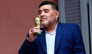 Der argentinische Fußball-Star Diego Maradona ist im Alter von 60 Jahren gestorben. (Foto)