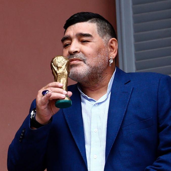 Argentinische Fußball-Legende im Alter von 60 Jahren gestorben (Foto)