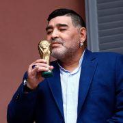 Diego Armando Maradona, argentinischer Fußball-Weltmeister von 1986 (30.10.1960 - 25.11.2020)