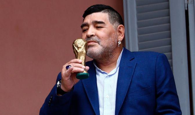 Diego Armando Maradona, argentinischer Fußball-Weltmeister von 1986 (30.10.1960 - 25.11.2020) (Foto)