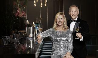 """Andrea Kiewel und Johannes B. Kerner feiern mit """"Willkommen 2021"""" eine rauschende Silvesterparty im ZDF live am Brandenburger Tor. (Foto)"""