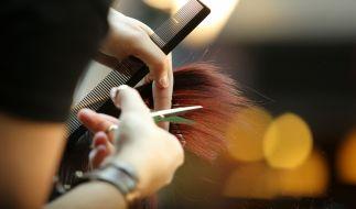 Deutschlands größte Friseur-Kette Klier muss 450 Filialen schließen. (Foto)