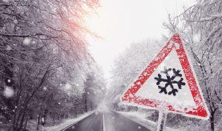 Der meteorologische Winteranfang startet mit Schnee und Glätte. (Foto)
