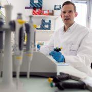 Streeck, Ramelow und Co! Die haarsträubendsten Corona-HIV-Vergleiche (Foto)