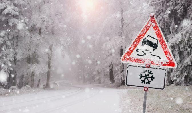 Winter-Chaos auf den Straßen