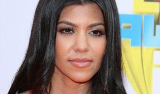 Kourtney Kardashian lässt im Netz tief blicken. (Foto)