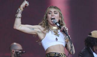 """Miley Cyrus hat sich für das """"Rolling Stone""""-Magazin ausgezogen. (Foto)"""