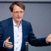 Lauterbach fordert Geschäftsschließungen nach Weihnachten (Foto)