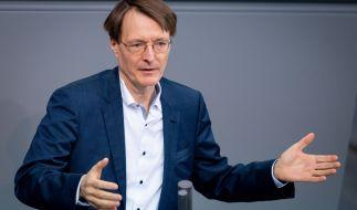 Karl Lauterbach fordert härtere Beschränkungen. (Foto)