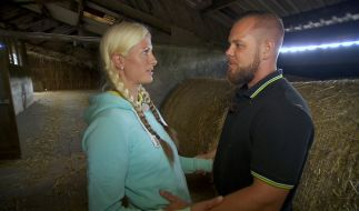 """""""Bauer sucht Frau""""-Vorschau: Denise und Sascha sind in Flirtstimmung. (Foto)"""