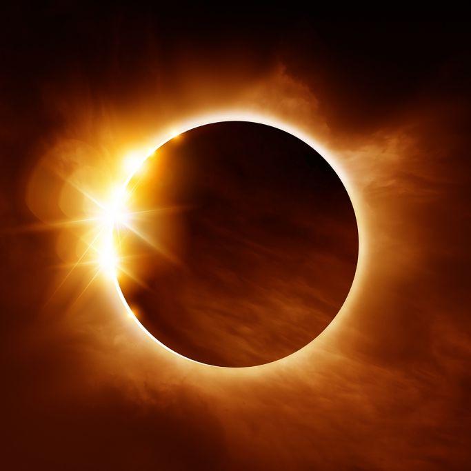 Totale SoFi! HIER können Sie das Astro-Event HEUTE beobachten (Foto)