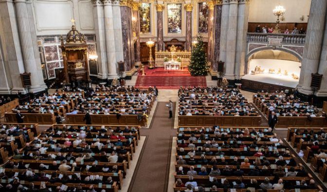 Kirchliche Sendungen heute in TV + Live-Stream