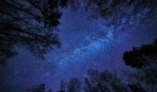 Hobbyastronomen dürfen sich 2021 auf einige Highlights am Himmel freuen. (Foto)