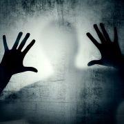 Leiche in Gully versteckt! Junge (15) vergewaltigt und tötet Cousine (9) (Foto)