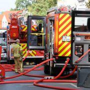 Flammen-Inferno nach Brandstiftung! 10 Verletzte nach Feuer-Drama (Foto)