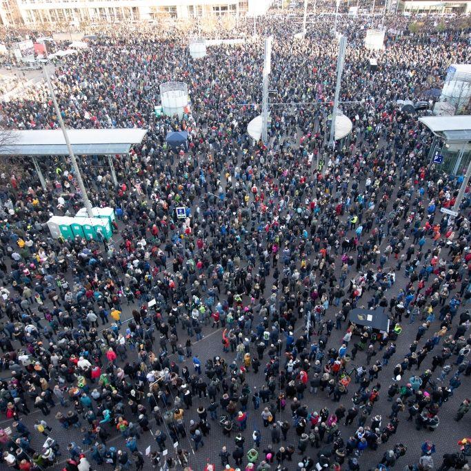 Erneut Ausschreitungen in Leipzig? Polizei bereitet sich auf Großeinsatz vor (Foto)