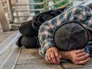 In Essen wurde ein obdachloser Mann von einer 16-Jährigen misshandelt. (Symbolfoto) (Foto)
