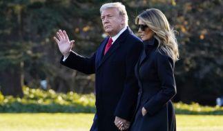 Innige Zweisamkeit statt Trennung: Donald Trump und seine Ehefrau Melania haben ihre Silvesterpläne in letzter Minute geändert. (Foto)