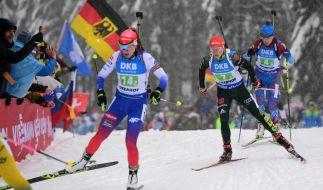 Paulina Fialkova aus der Slowakei, Franziska Hildebrand aus Deutschland und Margarita Wasilewa aus Russland beim Biathlon-Weltcup in Oberhof. (Foto)