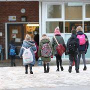 Lockdown verlängert! Wie lange die Schulen in ihrem Land noch dicht bleiben (Foto)