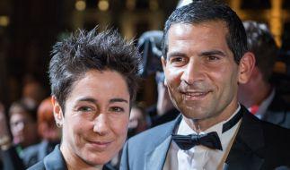 Mitri Sirin gemeinsam mit seiner Kollegin Dunja Hayali auf dem roten Teppich vor der Alten Oper in Frankfurt (2017). Hier wurden die Hessischen Film- und Kinopreise verliehen. (Foto)