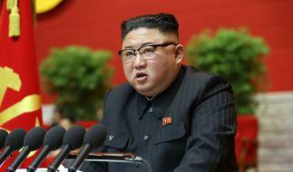 Kim Jong-un droht seiner Jugend mit Erziehungslagern. (Foto)