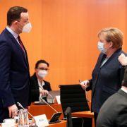 Angela Merkel gab 70 Millionen Corona-Impf-Dosen weg (Foto)