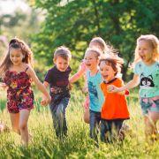 Wo gelten Kontakt-Beschränkungen für Kinder?