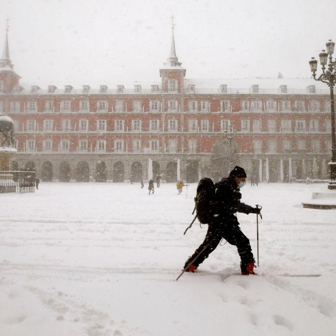 "Alarmstufe Rot! Madrid versinkt im ""Jahrhundertschnee"" (Foto)"
