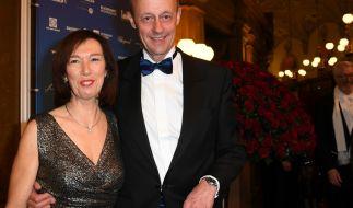 CDU-Politiker Friedrich Merz und seine Ehefrau Charlotte beim 14. Semperopernball im Jahr 2019. (Foto)