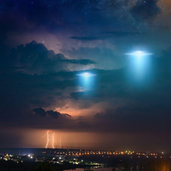 Mysteriöse Explosionen und Ufo-Sichtungen!Streng geheime Akten veröffentlicht (Foto)