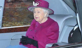 """Die britische Königin Elizabeth II. ist """"not amused"""" über die jüngsten Schlagzeilen um ihren Cousin. (Foto)"""