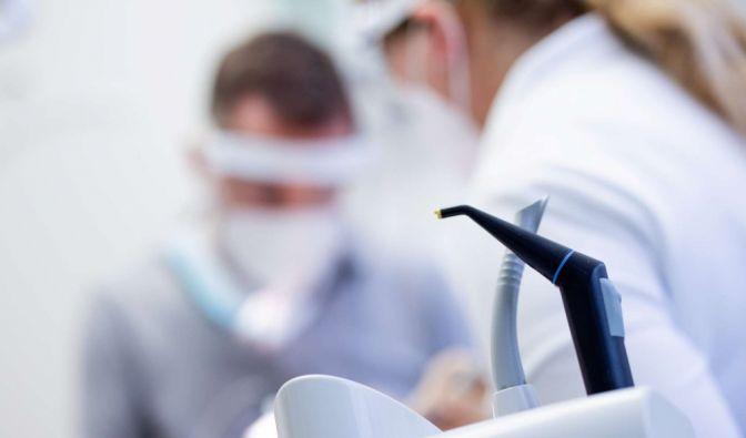 Impf-Zahnarzt