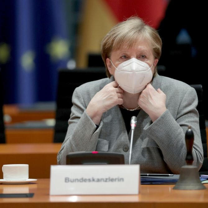 Trotz sinkender Kurven! Weshalb Merkel den Mega-Lockdown wirklich will (Foto)