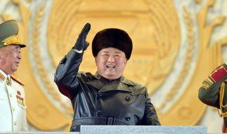Hat Kim Jong-un ein Corona-Supespreader-Event abgehalten? (Foto)