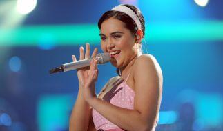 """Vanessa Neigert auf der Bühne von """"Deutschland sucht den Superstar"""" 2009. (Foto)"""