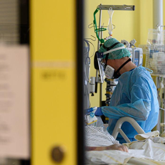 Mann stirbt nach zweiter Corona-Infektion - War es die Briten-Mutation? (Foto)