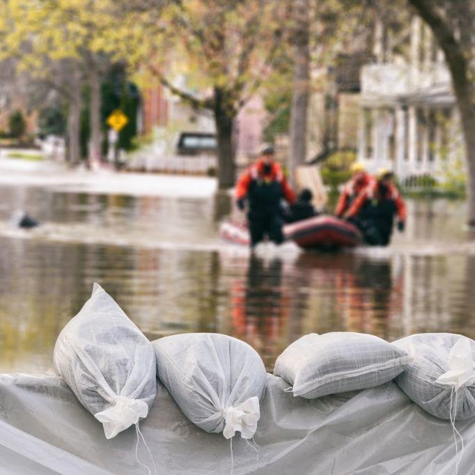Lebensgefahr! Sturm Christopher überschwemmt Teile Großbritanniens (Foto)