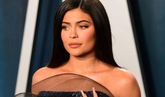 Kylie Jenner trägt lieber Bikini statt Maske. (Foto)