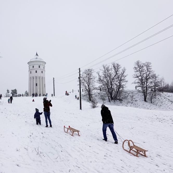 Es bleibt winterlich! DWD warnt vor Schlidder-Gefahr (Foto)