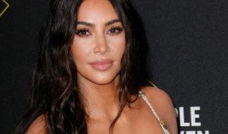 Macht sich schmutzig: Kim Kardashian. (Foto)