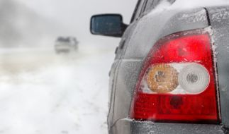 Der Deutsche Wetterdienst warnt in vielen Landkreisen vor Schnee-Chaos. (Foto)