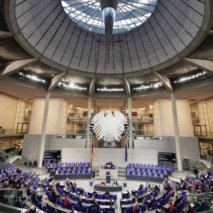 Abgeordnete im Plenum des Deutschen Bundestages