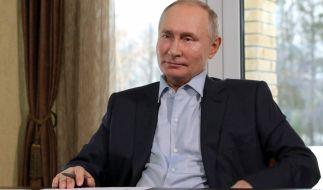Wladimir Putin soll kein Freund von Delfinen sein. (Foto)