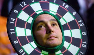 Ob mit oder ohne Kostümierung: Darts-Fans in aller Welt können die PDC Premier League, die UK Open oder die Darts-WM im Dezember kaum erwarten. (Foto)