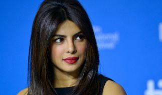 """Priyanka Chopra Jones zeigte sich für die """"Elle"""" ungewohnt sexy (Foto)"""